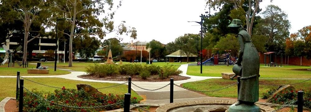Mawson Park features BBQ areas and kids playgrounds