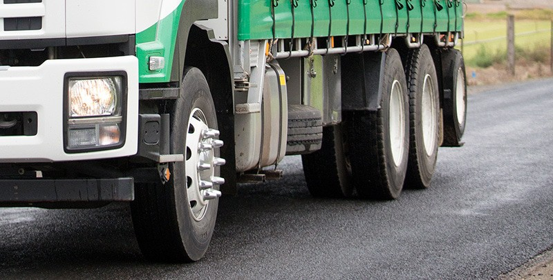 Turf Delivery Truck supplies turf to the Sutherland Shire